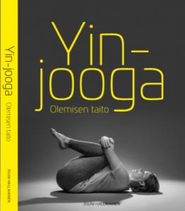 Yin-jooga-kirja-kansi-jouni-hallikainen